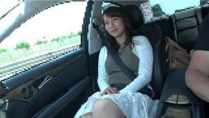 不倫での旅行中に中出しされる人妻倉多まおのAV動画の画像