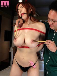 沖田杏梨とクリムゾンのコラボAV動画の画像