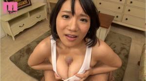 巨乳AV女優である澁谷果歩のパイズリ動画の画像
