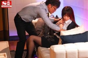 出張先のホテルで相部屋になった上司に7日間何度も何度もレイプされ続けた吉沢明歩のAV動画の画像