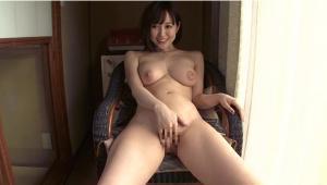 温泉旅行で不倫する篠田ゆうのAV動画の画像
