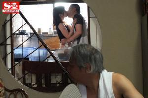夏に田舎で巨乳奥さんとやりまくる奥田咲のAV動画の画像