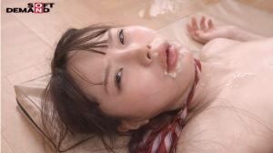 パイパンボディから汁、汗、潮、精子が弾け飛ぶ松本いちかのAV動画の事後画像