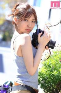 美少女インフルエンサー樋口みつはのデビューAV動画の画像