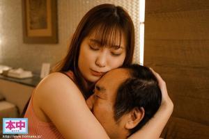 優しいお姉さん美谷朱里が頭ヨシヨシポンポン撫で撫で励まし抱擁密着中出しセックスしてくれるAV動画の無料サンプル画像